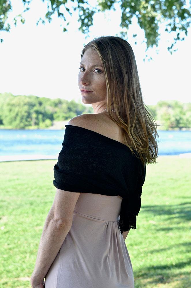 Châle Navarre | Designer Québécoise et boutique de vêtements pour femmes en ligne | Monarcky