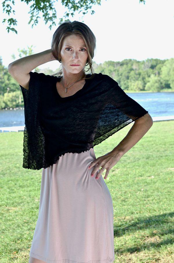 Châle Navarre - Designer Québécoise - Boutique de vêtements pour femmes en ligne - Monarcky