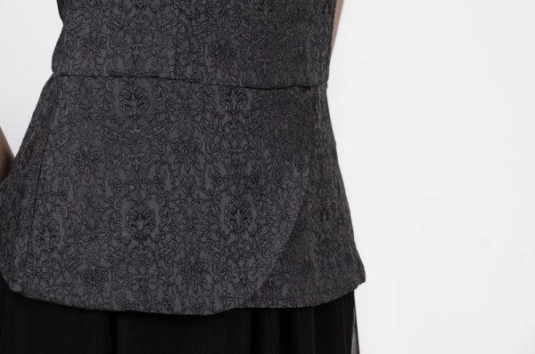Haut sans manches pour femme | Designer de mode québécoise pour femmes en ligne | Monarcky