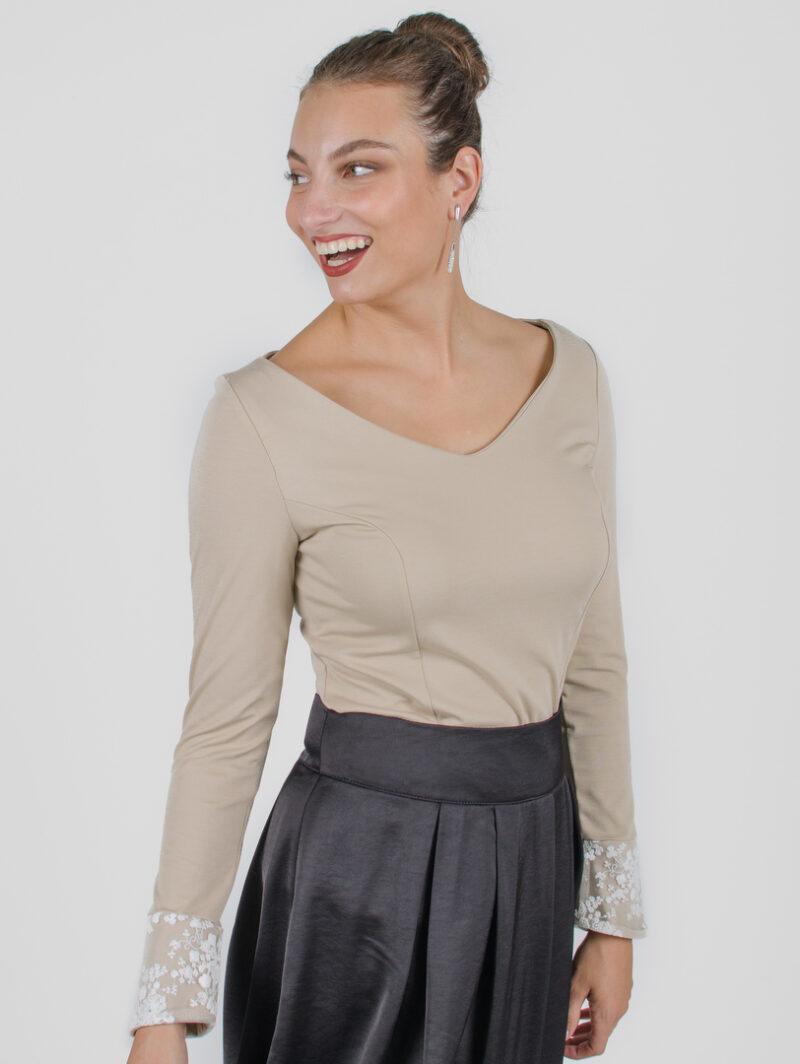 Chandail Mary Beige et crème | designer québécois vêtements femme - boutique en ligne - Monarcky