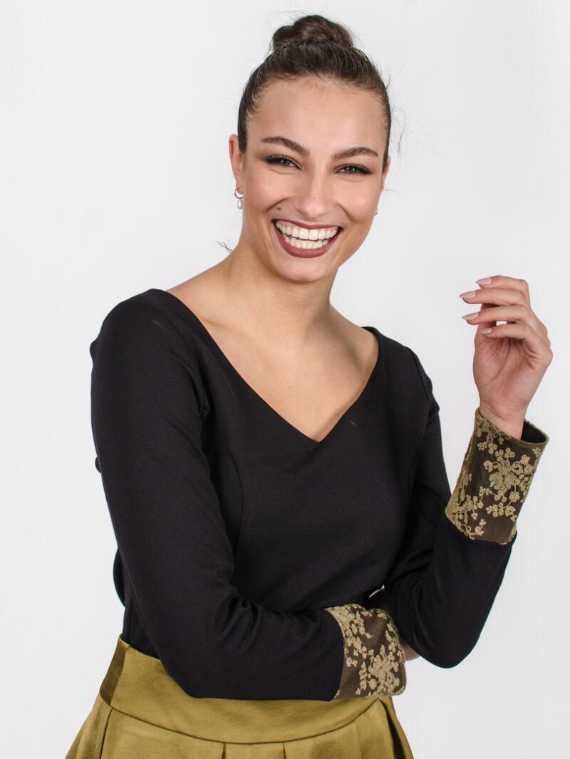 Chandail Mary - noir   designer québécois - boutique en ligne vêtements femme - Monarcky