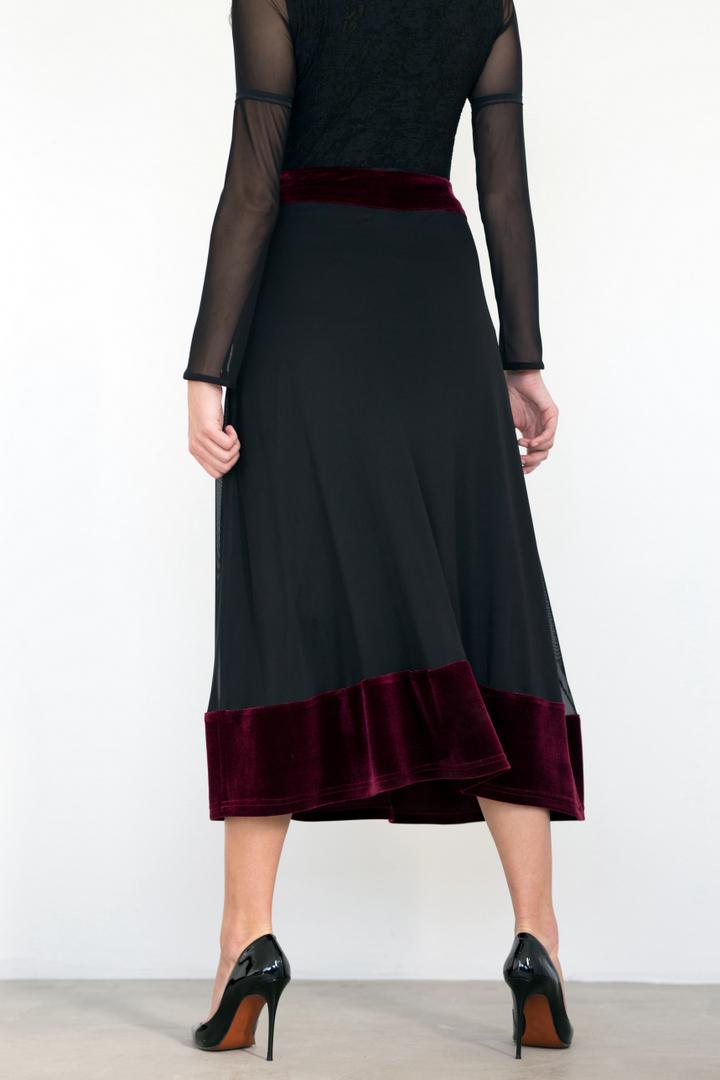 Jupe Joséphine vin de bourgogne | Designer Québécois de vêtements pour femme | Monarcky- Boutique en ligne