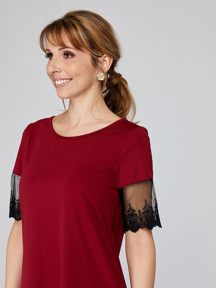 Robe Mafalda devant détaillé, rouge écarlate, vêtements pour femmes | Boutique de vêtement québécois en ligne | Monarcky, designer québécois